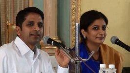 «За пределами свободы» - Шрикант Сола и Шивани Сола - Мумбай 2013