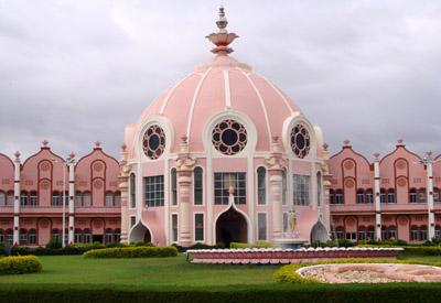 Институт Высших медицинских наук Шри Сатья Саи в Прашанти
